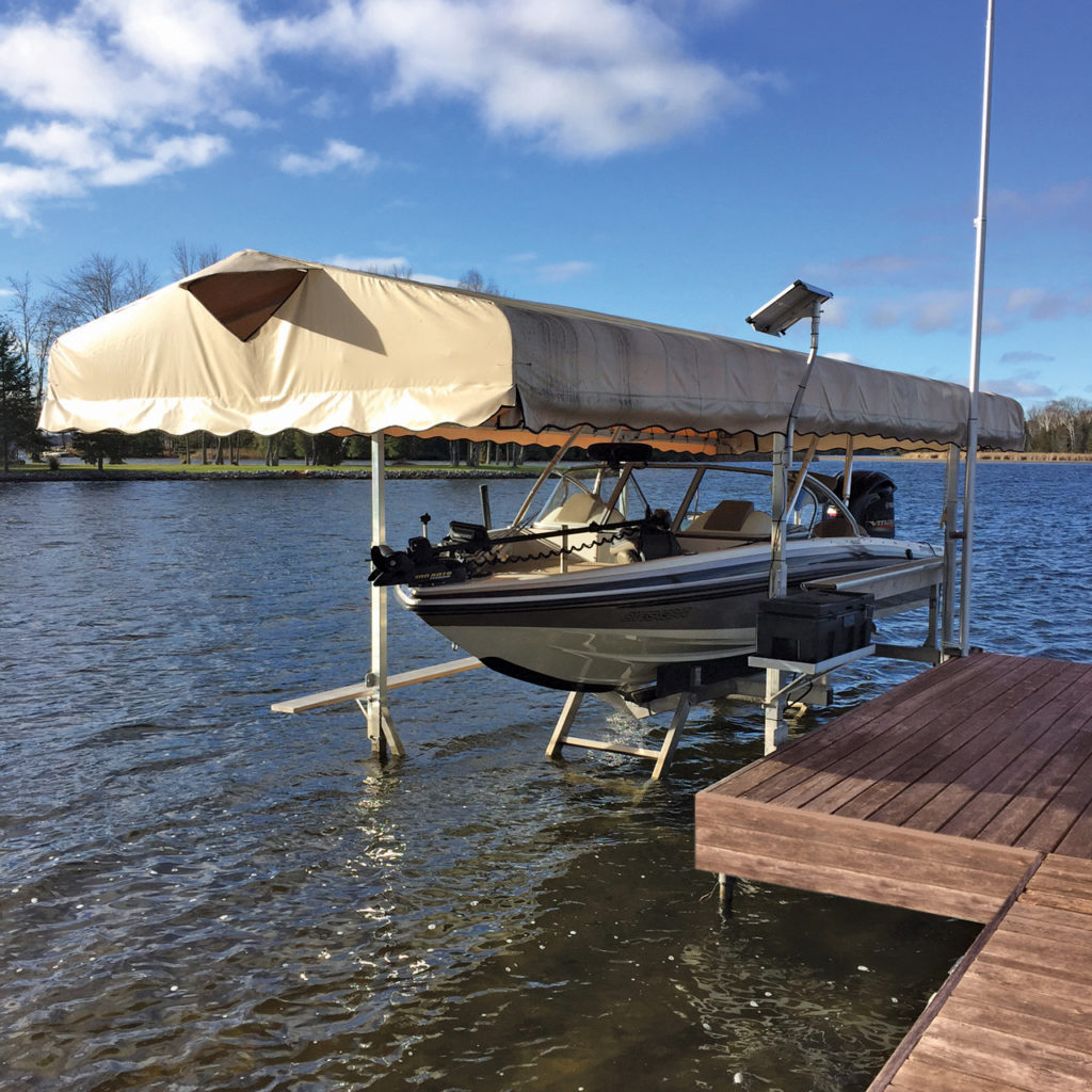 Hydraulic Boat Lift with 12V winch and roof System